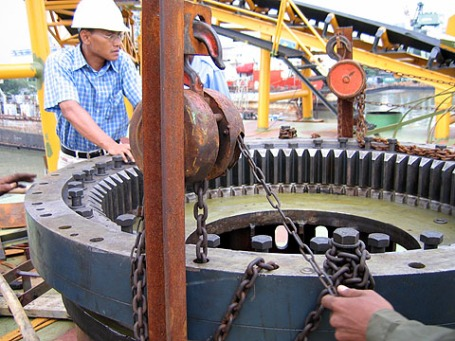 terex_slewing_ring.jpg